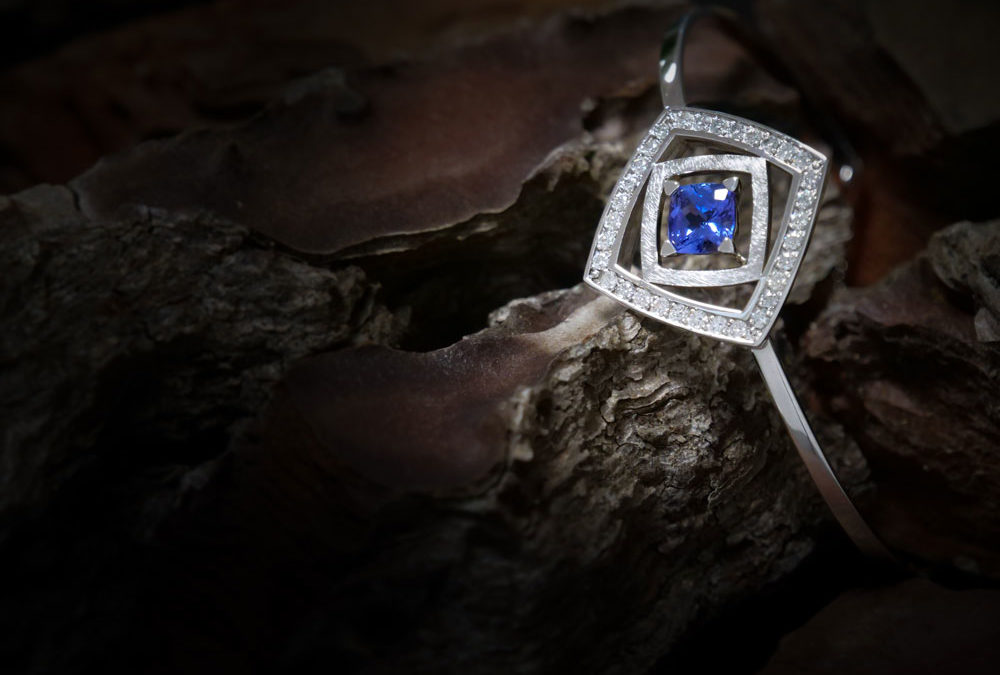Bracelet rigide Tanzanite et Diamants